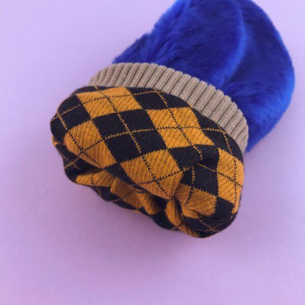 Голубые рукавички
