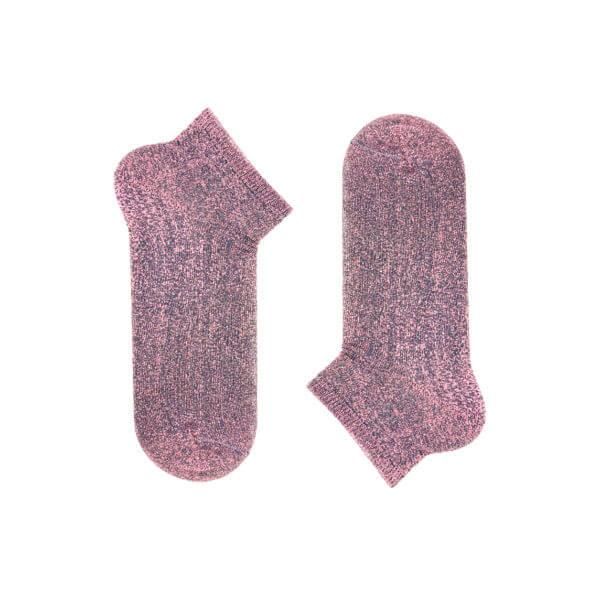 Dark pink dust